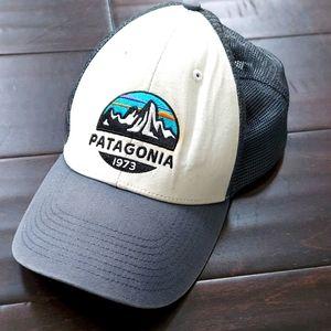 Patagonia trucker snap back hat